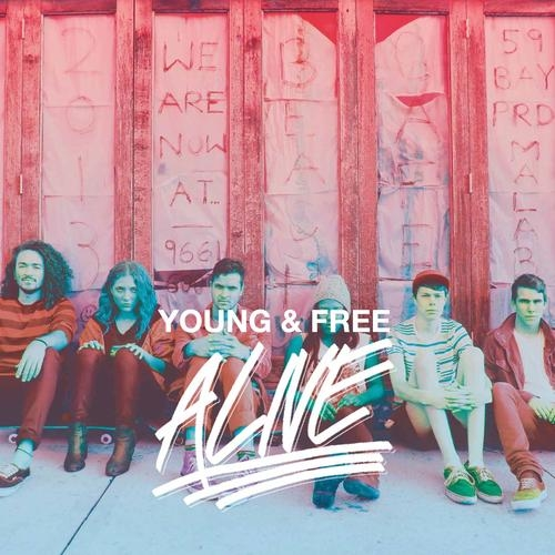 """Hillsong Young & Free """"Alive"""" Performance From K-Love"""
